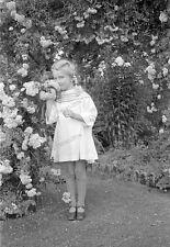 Negativ-Portrait-1920 /1930 er Jahre-young-Happy-Cute Girl-Frau-Mädel-mode-1