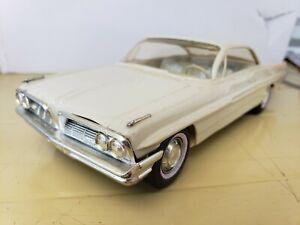 Dealer Promo Pontiac 1961 Bonneville Two Door Coupe 1:25 Scale Car