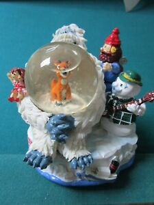 """RUDOLPH AND THE ISLAND OF MISFITS TOYS MUSICAL GLOBE 6 x 6""""  [rack9]"""
