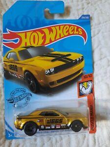 Hot Wheels  Super Treasure Hunt 2020 `18 Dodge Challenger SRT Demon