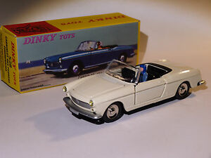 Peugeot 404 cabriolet blanc (intérieur noir) ref 528 au 1/43 de dinky toys atlas