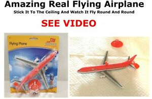 Ceiling Flying Airplane Battery Operated Plane Kids Electric Toy Aeroplane UK