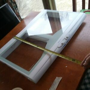 WR02X11666 GE refrigerator lower pan Frame Shelf & Glass. PS963465