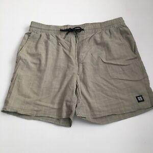 Insight Casual Shorts Size 32 Green Check Elastic Waist