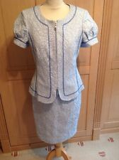 STUNNING ELEGANCE PARIS PALE BLUE FLORAL EMBOSSED SKIRT SUIT UK SIZE 10-12 NWOT