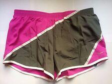 Nike Twisted Tempo Dri-Fit Running Training Shorts Entrenamiento