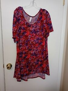 Ladies plus size fuchsia and purple top by LULAROE size 3XL