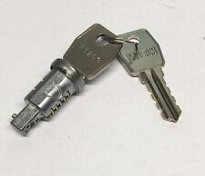 LAND ROVER SERIES LIGHTWEIGHT DEFENDER IGNITION DOOR LOCK BARRELL & KEYS RTC3022