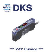 Keyence FS-V21RP Digital Fiber Optic Sensors Amplifier Cable PNP 000982