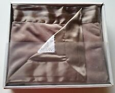 Boys Girls LITTLE GIRAFFE velvet luxe boutique baby blanket NEW box flax brown