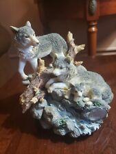 "Westland L.E. NO. 2555/10,000 ""The Majestic Pack"" Wolf Figurine Music Box"
