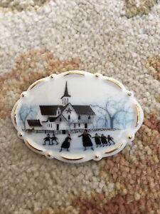 """P. Buckley Moss Society """"Skating at the Star Barn"""" Porcelain Pin Brooch 2006"""