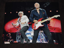 THE WHO PETE TOWNSHEND SIGNED ROCKING OUT 11X14