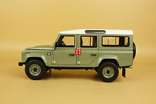 1:18 Land Rover Defender 110 Heritage Edition green color + gift