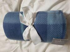 Fleece throw blanket 50 x 60