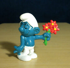 Smurfs Red Flower Bouquet Smurf Lover Vintage Toy Figure Peyo PVC Figurine 20044