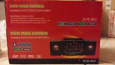 MICRO CHAÎNE lecteur DVD/VCS/CD/MP3/MP4 comme neuve.