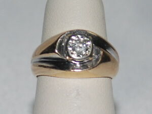 14K Yellow Gold Ring with a Solitaire Natural Diamond, Ring Weigh 5.3 Grams