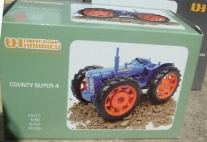 Universal Hobbies 1/16 Fordson County Super 4 Tractor 1961 UH2787