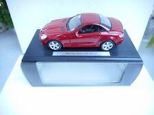 1:18 Mercedes Benz SLK Klasse BORDEAUX RED  NEW IN DEALER BOX  Maisto