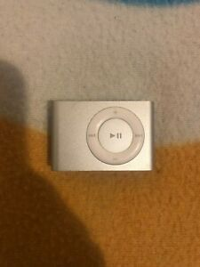 Apple iPod Shuffle 2nd Generation Silver (1GB) - Great Condition - Fast Dispatch