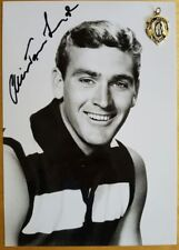1962 ALISTAIR LORD GEELONG HAND SIGNED B&W PHOTO & FREE REPLICA BROWNLOW MEDAL