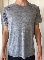 Lululemon Mens Size S Metal Vent Tech SS Gray SLTE/WHT Short Sleeve Core Crew