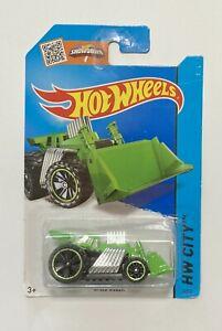 Hot Wheels Showdown Speed Dozer Green HW City Car
