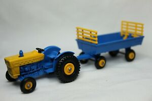 Matchbox 1:64 Scale Vintage Lesney FORD TRACTOR & HAY TRAILER No.39+40 - LOOSE