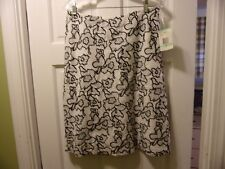 NWT Jones Wear Size 8 White with Back Floral Stitch Knee Kength Skirt Cotton