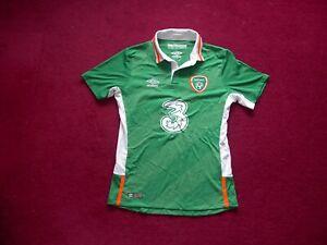 Umbro Republic Of Ireland (Eire) Home Football shirt/top/medium boys