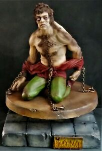 HUNCHBACK OF Notre-Dame Resin non AURORA Professionally Built AIR BRUSHED model