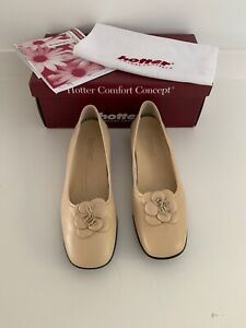 Ladies hotter shoes Rosa Cream Colour brand new and boxed size 6