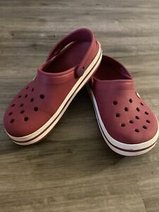 Crocs BURGUNDY  Slip On Sandals Comfort Shoes Women's Size 7 men's Size 5  EUC