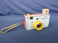 Vintage 1967 Fisher-Price Picture Story Camera Toy, 8 Scenes, #784