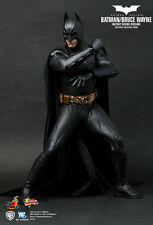 2011 TOY EXCLUSIVE HOT TOYS 1/6 BATMAN MMS155 BRUCE WAYNE BATSUIT BEGINS FIGURE