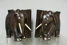 Ancienne paire de serre livres. Eléphants en ébène.