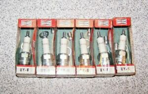6 NOS Champion UY6 Spark Plugs for 1941-48 Chevrolet Cars & Trucks with 216 235