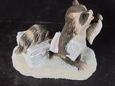 Charming Tails Silvestri Extra Extra Raccoon Selling Newspaper #87/590
