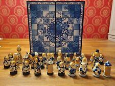 Handbemaltes Schachspiel Schach aus ST. PETERSBURG Lackmalerei, nie bespielt