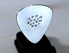 Aluminum Guitar Pick for the Modern Age