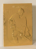 1999 UPPER DECK AUTHENTICATED WAYNE GRETZKY GOLD CARD LIMITED EDITION LOT OF 2