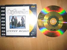 CD-video Gypsy Road-Cinderella --- GUNS N ROSES KISS and poisen