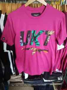 1 tee shirt t-shirt homme UNKUT LIFE taille XS NEUF