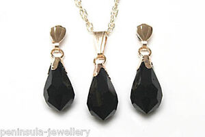 9ct Gold Swarovski Black Crystal Elements Pendant and Earrings Set Gift Boxed