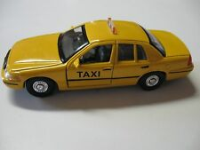 WELLY 1:38 SCALE 1999 FORD PLAIN TAXI DIECAST CAR MODEL PULLBACK W/O BOX NEW!