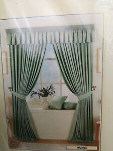 """Dreams Drapes One Pair Of Lined Curtains Madrid Natural Striped 90x90"""" NEW P121"""