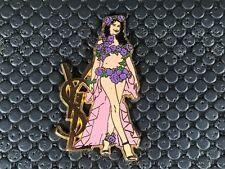 pins pin BADGE PARFUMS PERFUME YSL YVES SAINT LAURENT LAETITIA CASTA RARE