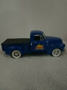 Liberty Classics 1952 Chevy Pickup Diecast Bank With Key