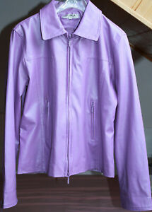 Moderne Da. PVC Jacke 34/36 Violett m. dezentem Design Jackentaschen Reißversch.